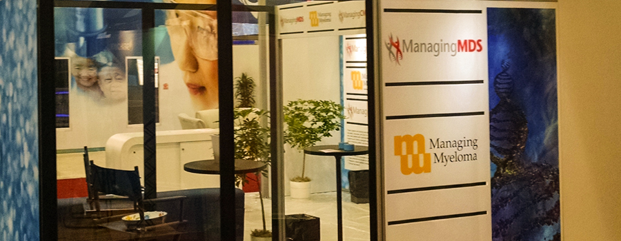 trade show booth design conversation area