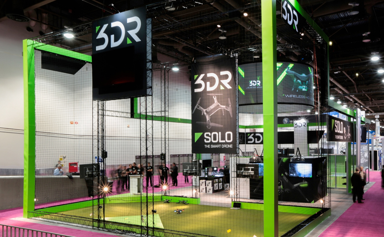 GRAPHIC DESIGN AND BOOTH DESIGN